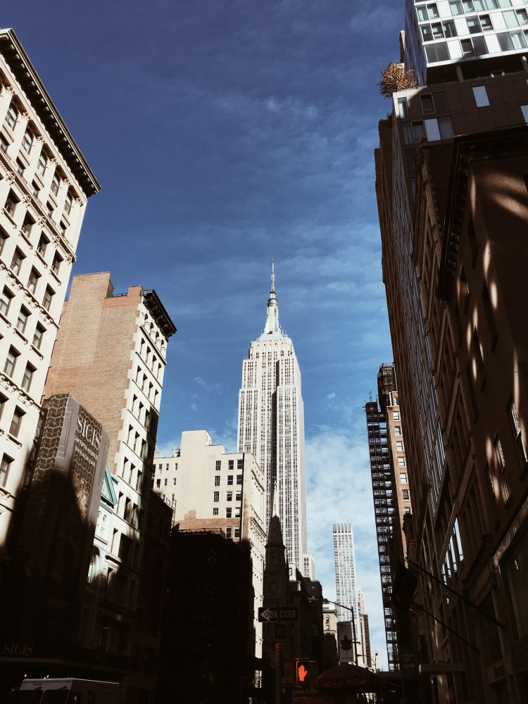 Travel to NEW YORK - Mlle.BE