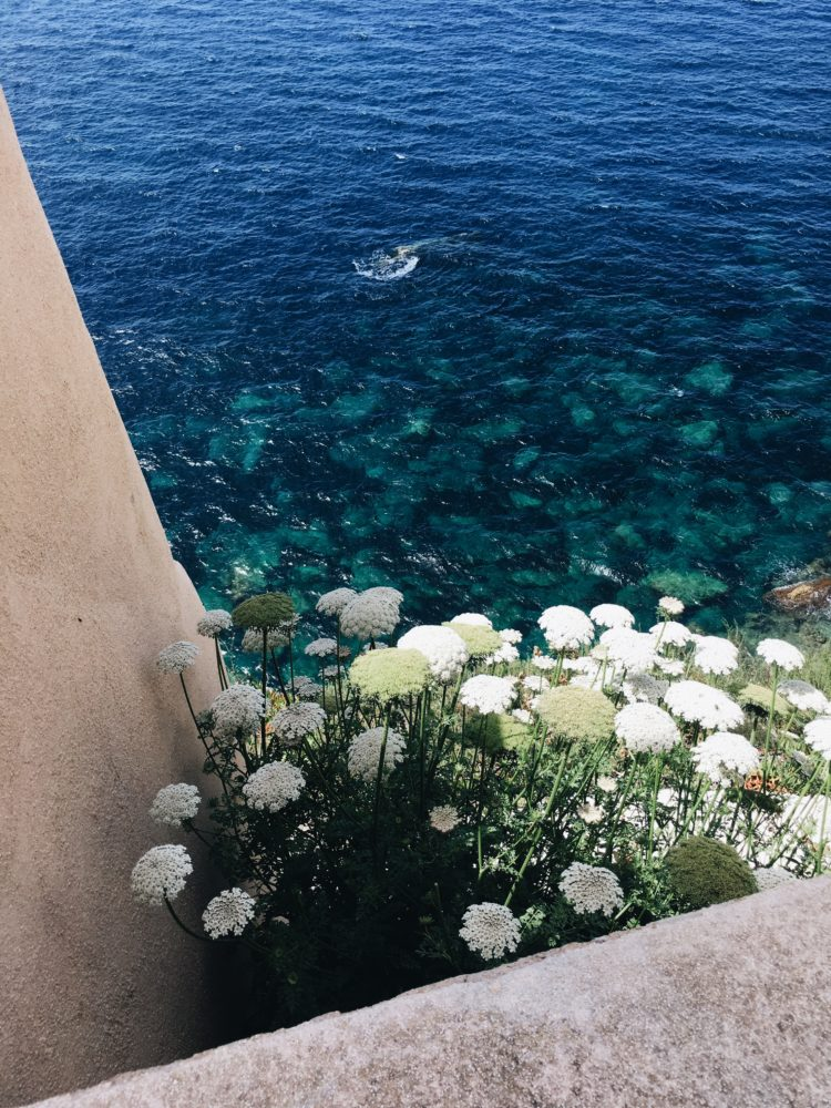 Travel to CORSE - Mlle.Be